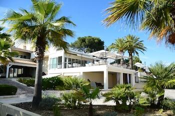 Picture of Sandton Hôtel & Résidence Domaine Cocagne in Cagnes-sur-Mer