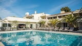 Choose This Mid-Range Hotel in Cagnes-sur-Mer