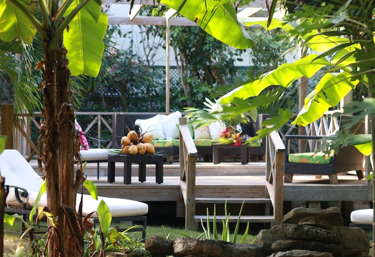 The Sugar Apple Lodging, Dunmore Town, Terrace/Patio
