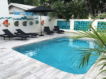 Picture of Turquoise Shell Inn in Simpson Bay