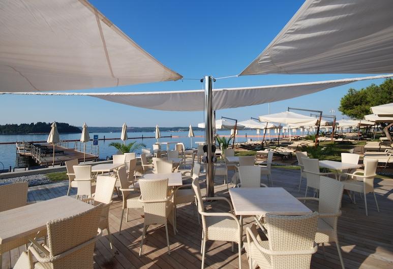 Socializing Hotel Mirna 4* - Lifeclass Hotels & Spa, Piran, Terrace/Patio