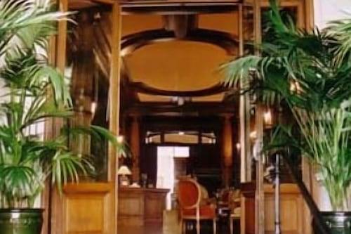 雷莊園飯店/