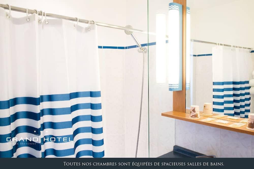Kamar Double Klasik, pemandangan laut terbatas - Kamar mandi