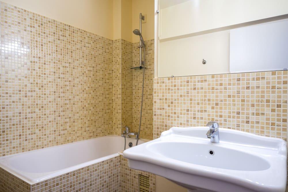 Quarto Club - Casa de banho