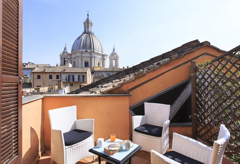 Hotel Teatro Pace, Rome, Deluxe Triple Room, Terrace, Balcony