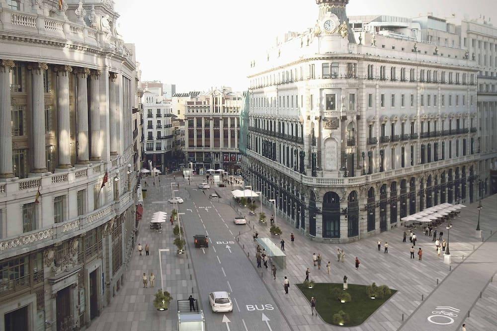 Junior Suite (with Panoramic Views) - City View