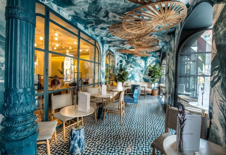 Hotel Regina, Madrid, Hotellets indgang