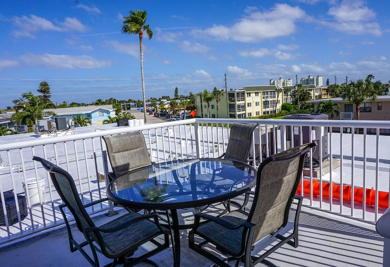 Gulf Winds Beach Resort, St. Pete Beach, Mieszkanie, 2 sypialnie, kuchnia, Taras/patio