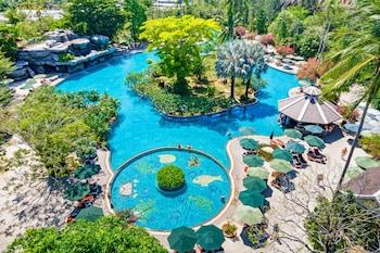 Picture of Duangjitt Resort, Phuket in Patong