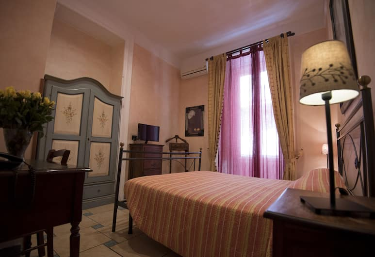 Schilizzi Hotel, Napoli, Standard dobbeltrom/tomannsrom, balkong, Gjesterom