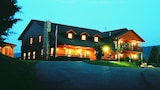 Choose This 4 Star Hotel In Sevierville