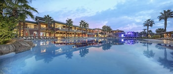Φωτογραφία του Maritim Pine Beach Resort Belek - All Inclusive, Μπελέκ