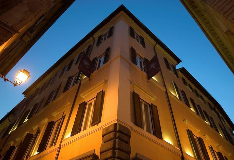호텔 아드리아노, 로마