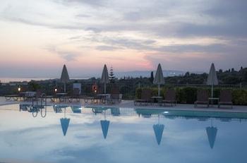 ภาพ Astra Village Hotel Suites ใน เคเฟาโลเนีย