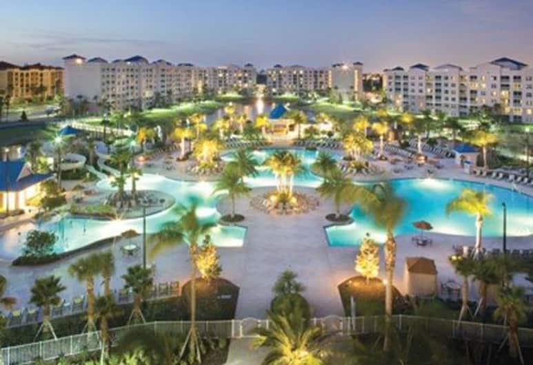 Bluegreen Vacations Fountains, Ascend Resort Collection, Orlando, Pročelje navečer