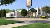 Choose This Business Hotel in Garland -  - Online Room Reservations