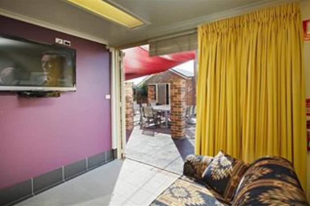 Large Studio - Living Area