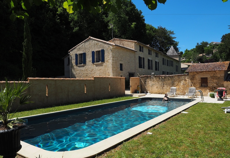 Hotel Saint-Martin - Younan Collection, Saint-Maixent-l'Ecole, Piscina al aire libre