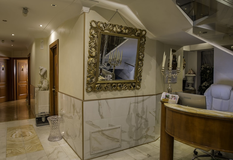 Luxury Rooms H 2000 Roma, Rooma