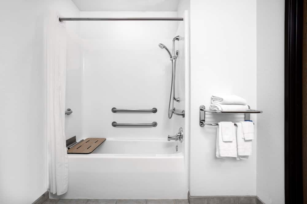 Standard Oda, 1 Büyük (Queen) Boy Yatak, Engellilere Uygun - Banyo