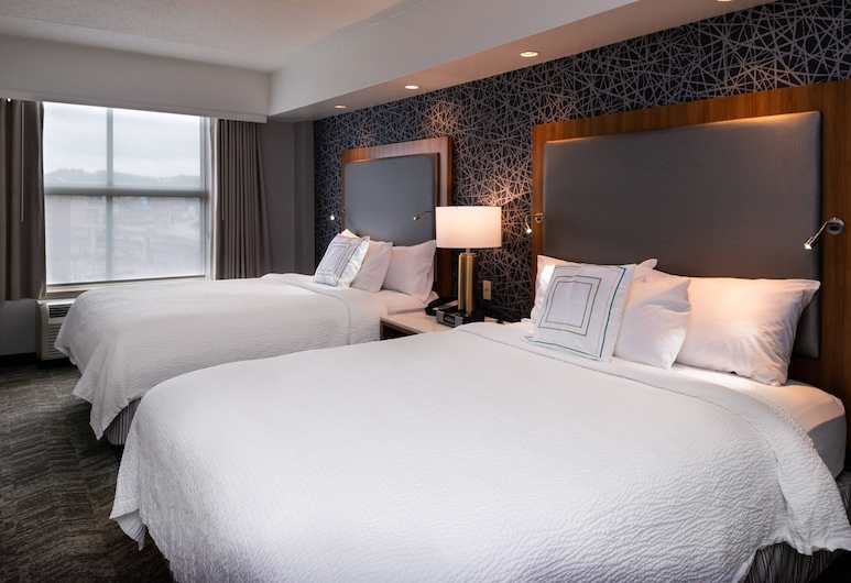 Springhill Suites by Marriott Pittsburgh North Shore, Pittsburgh, Studio, 2 Queen Beds, Non Smoking, Guest Room