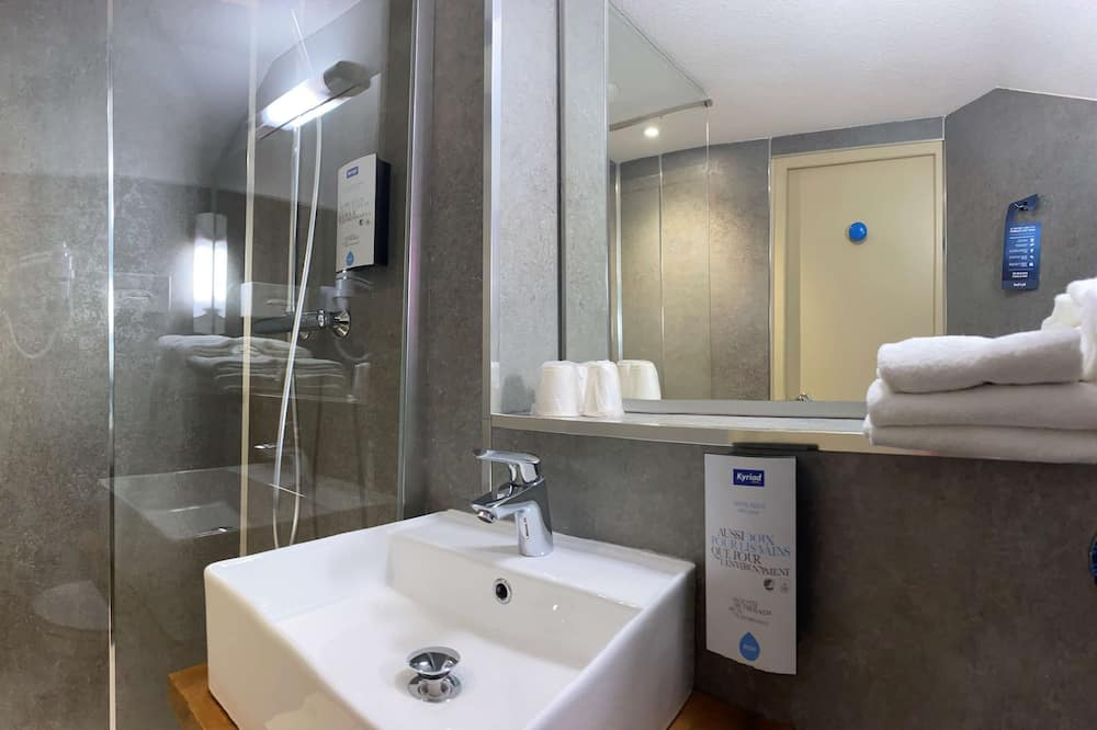 Twin Room - Ванна кімната