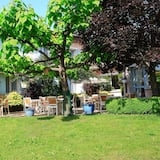 Kamar Quadruple Keluarga - Pemandangan Kebun