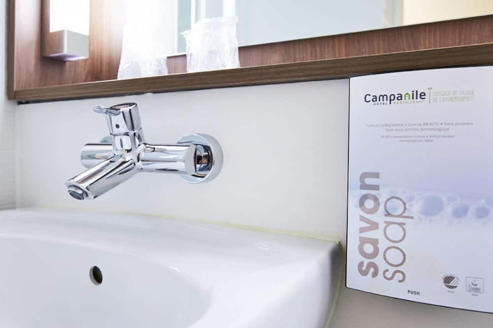 Double Next Generation - Bathroom