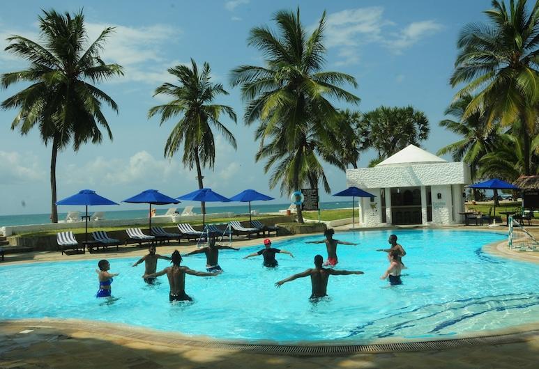 Jacaranda Indian Ocean Beach Resort, Diani-stranden, Utomhuspool