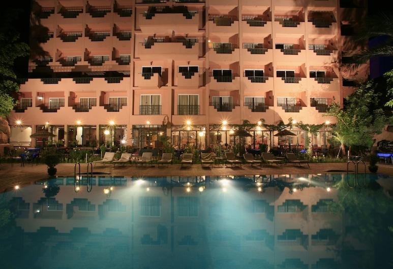 帝國假日水療酒店, 馬拉喀什, 室外泳池