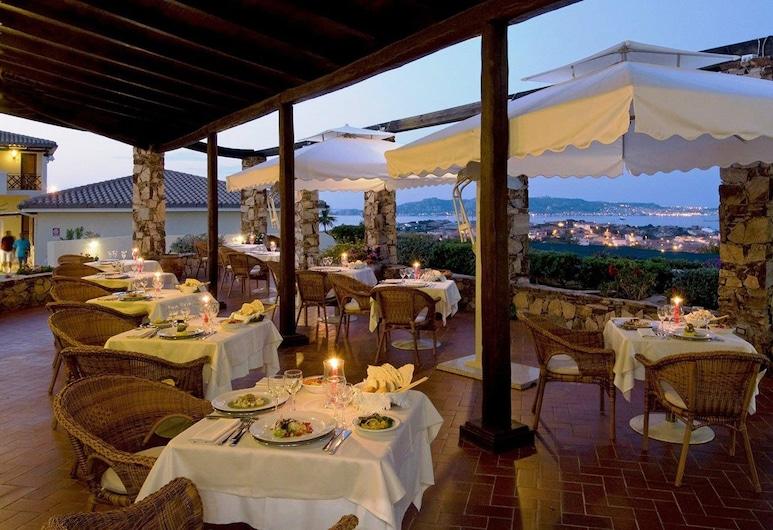 Hotel Palau, Palau, Outdoor Dining