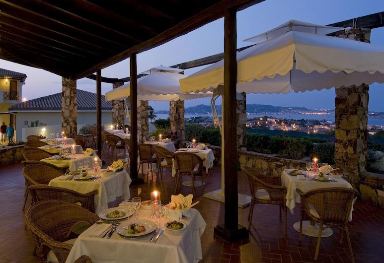 帛琉飯店, 帕勞, 室外用餐