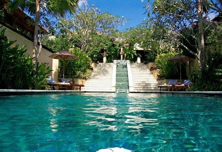 帕特瑪斯住宿酒店, 金巴蘭, 室外游泳池