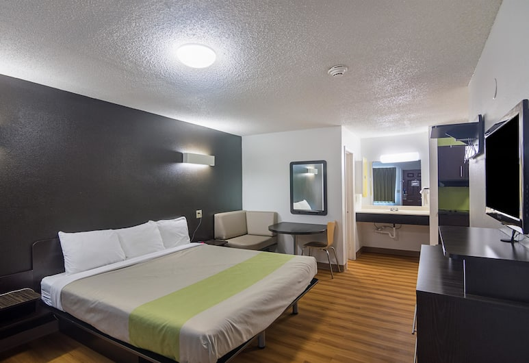 Studio 6 Oklahoma City Airport, Oklahoma City, Standard Room, 1 King Bed, Non Smoking, Guest Room