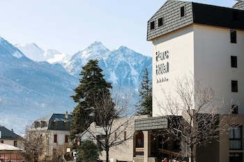 Enter your dates to get the Briancon hotel deal