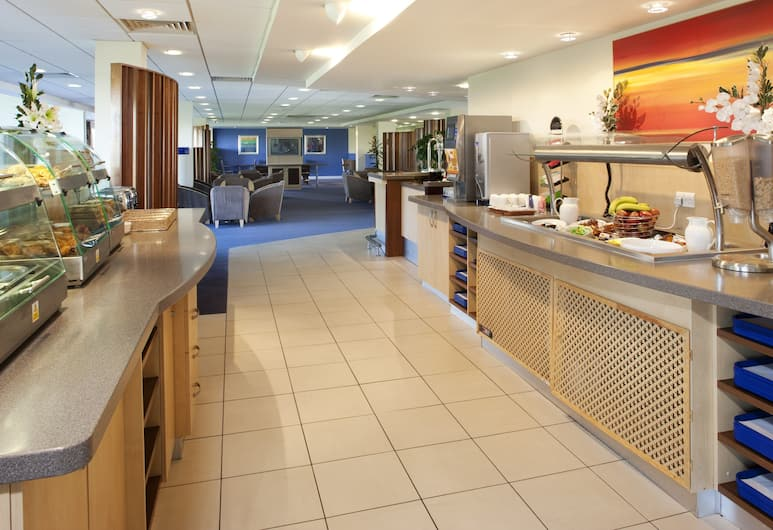 Holiday Inn Express Cardiff Airport, Barry