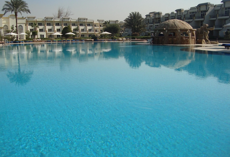 Cataract Pyramids Resort, Giza, Āra baseins