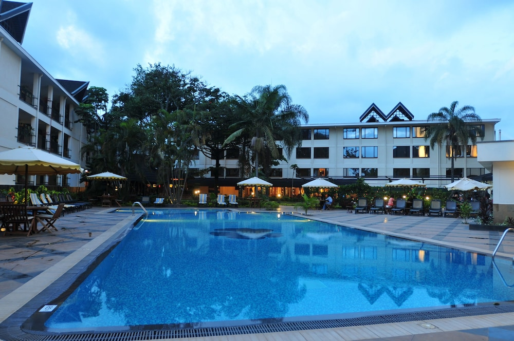 Jacaranda Nairobi Hotel Outdoor Pool