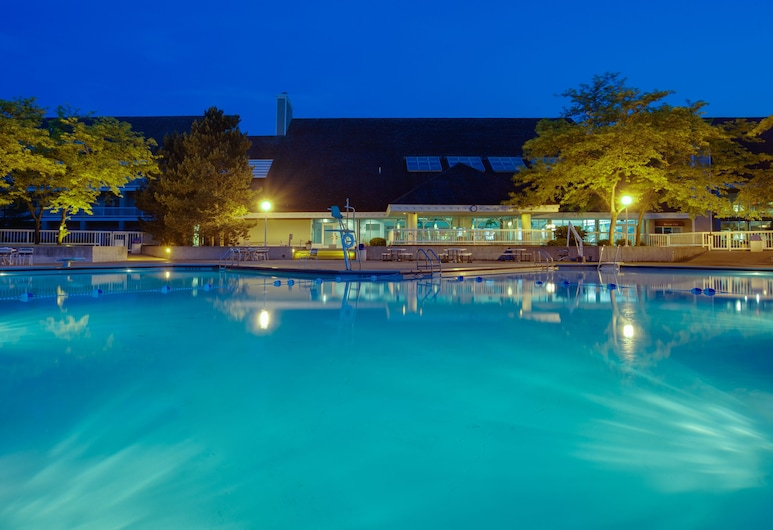 Maumee Bay Lodge and Conference Center, Oregon, Outdoor Pool