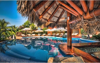 Enter your dates to get the Zihuatanejo hotel deal