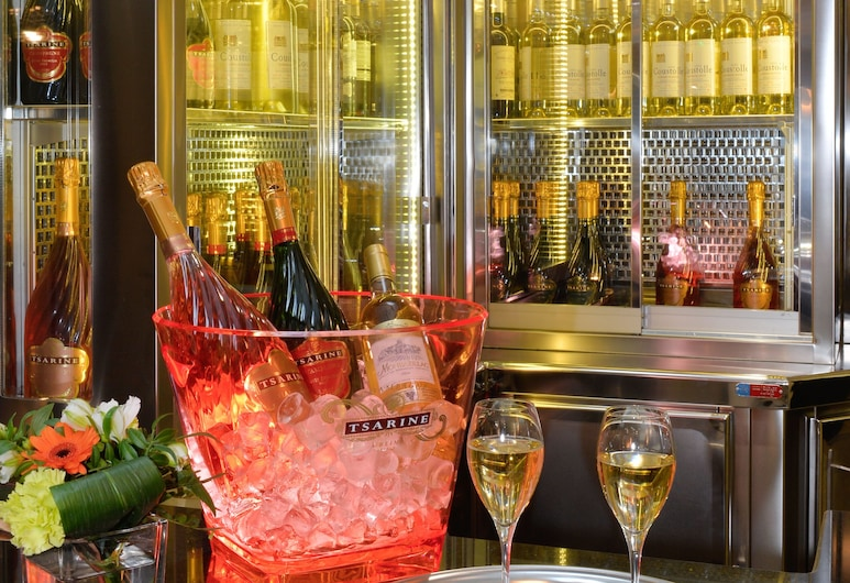 Hotel Le 18 Paris, Paris, Hotel Bar