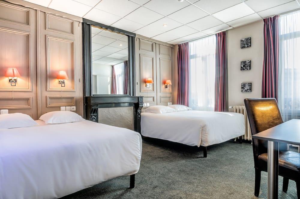 Štandardná štvorposteľová izba - Hosťovská izba