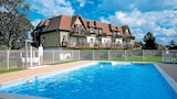 Book this Pool Hotel in Varaville