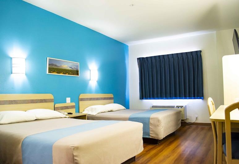 Motel 6 Las Cruces, NM - Telshor, Las Cruces, Standard Σουίτα, 2 Queen Κρεβάτια, Μη Καπνιστών, Δωμάτιο επισκεπτών
