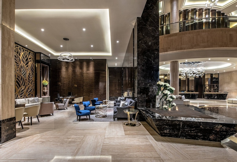 The Ritz-Carlton Jakarta, Mega Kuningan, Jakarta, Lobby