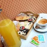 Δίκλινο Δωμάτιο για Μονόκλινη Χρήση - Γεύματα στο δωμάτιο