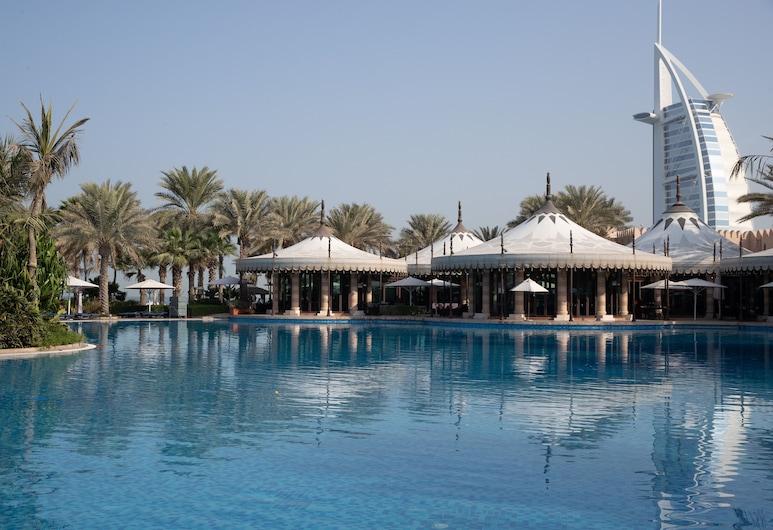 Jumeirah Al Qasr, Dubai, Outdoor Pool