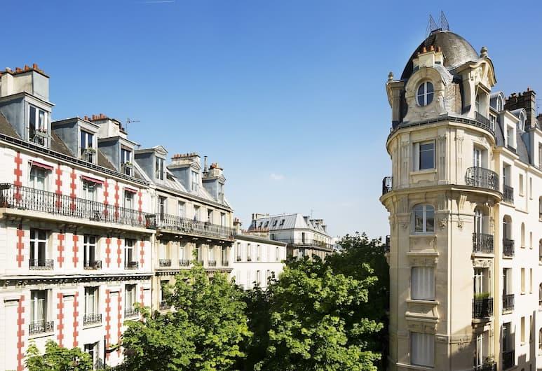 Hotel du Mont Dore, Paris, Utvendig