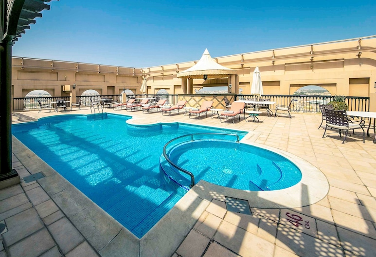 Mercure Grand Hotel Seef, Menama