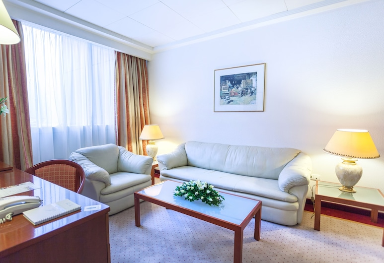 Hotel Africa, Tunis, Suite Ambassador Single, Ruang Tamu